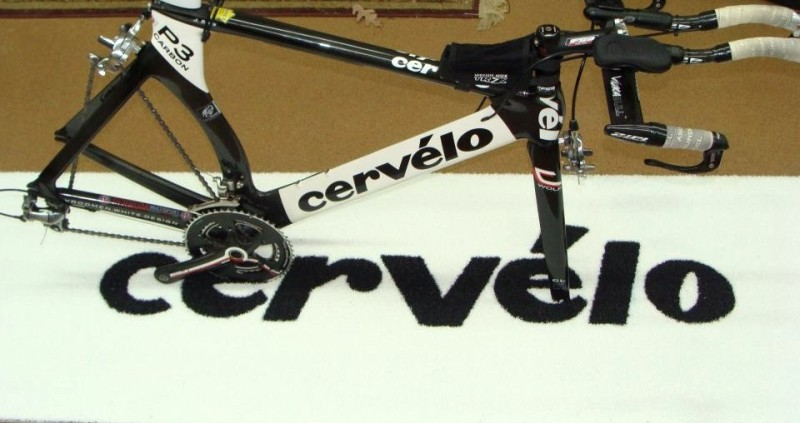 Cervelo Cycles 1/2 Inch Pile Turf Showcase Rug